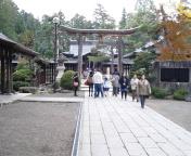 上杉神社さんに来ました