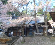 土津神社に来ました。